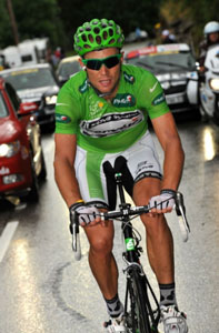 TDF 09 stage 17 - Thor Hushovd leads over the first three climbs to take maximum points in the sprints