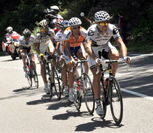 TDF 09 stage 8 - Hushovd captures green!