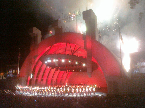 1812 Overture featuring fireworks, the USC Trojan bands' brass section, and cannon fire