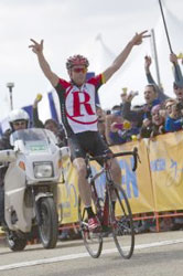 Chris Horner wins Sierra road, takes lead in ATOC
