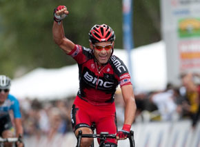 George Hincapie wins USPCC stage two, outsprinting a breakaway