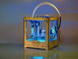 Ultimaker: a low-cost 3D printer