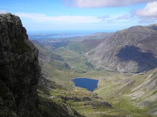 Cwn Idwal - valley in North Wales