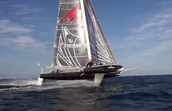 l'Hydroptere flys!