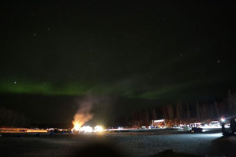 Iditarod - bonfire at Finger Lake